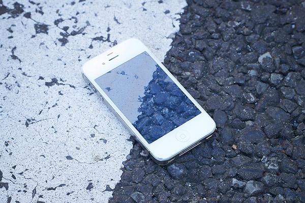iPhone-Skeleton_02